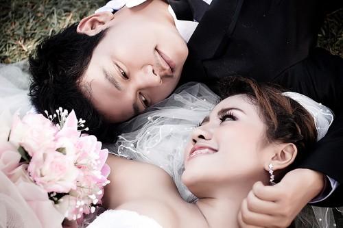 ถ่ายรูป Pre-Wedding อ้อมบอย